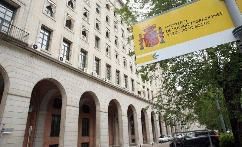 Contratar abogado ERTE despidos temporales por coronavirus en España 2020