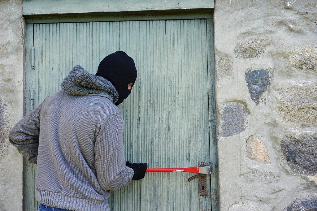 C贸mo denunciar por Internet robo en una vivienda